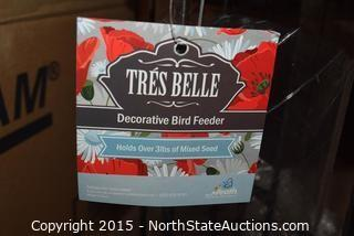 Tres Belle Decorative Bird Feeder