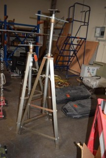 Pittsburgh 2 Ton Underhoist Safety Stand