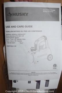 HUSKY 8 Gal Oil-Free Air Compressor