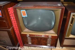 1955 Philco Microgrid 390 TV