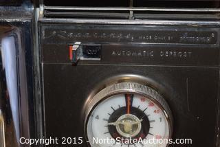 1970s Amana Radarange Microwave (WORKING)
