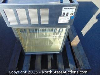 Delfield Countertop Display Refrigerator Model 724 Merchandiser