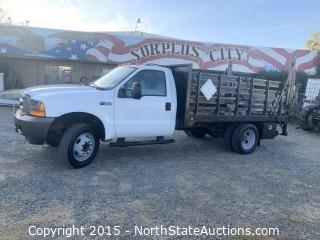 2001 Ford F550 Flatbed Stakeside, 7.3 Powerstroke Diesel, with lift-gate