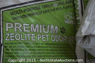 Lot of Zeo Fill Premium Pet Odor Infill