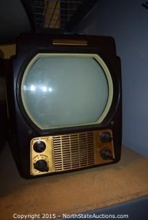 Lot of 3 Vintage General Electric TVs