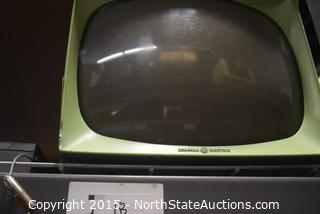 Vintage General Electric TV