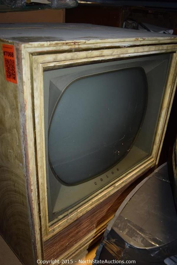 Vintage Electronics (TVs/Radios/Computers, More) Auction in Rancho Cordova