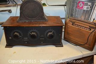 Vintage Radio and 1920s Speaker ?