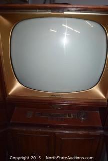 The Brittany Television Magnavox TV (Corner Unit)