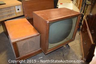 RCA New Vista Coffee Table Convertable TV