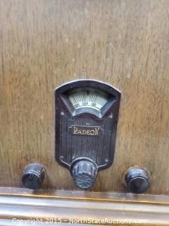 Vintage Radeon Radio