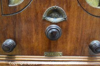 Antique/Vintage El Rey Radio