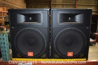 Pr. of JBL MR Series Speakers