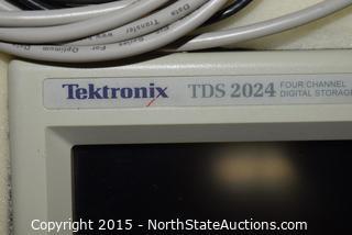 Tektronix TDS 2024 Four Channel Digital Storage Oscilloscope