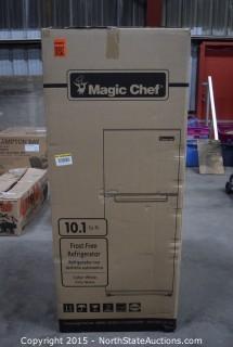 Magic Chef Frost Free Refrigerator