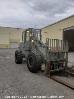 John Deere 544E 10000 lbs Rough Terrain Fork Lift