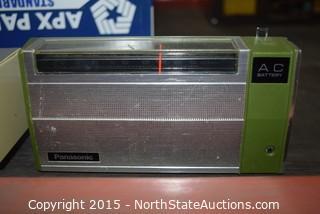 Lot of Vintage Panasonic Radios