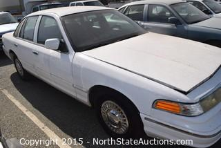 1995 Ford Crown Victoria (#1)
